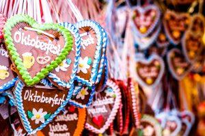 Lebkuchen-Herz mit Oktoberfest Schriftzug
