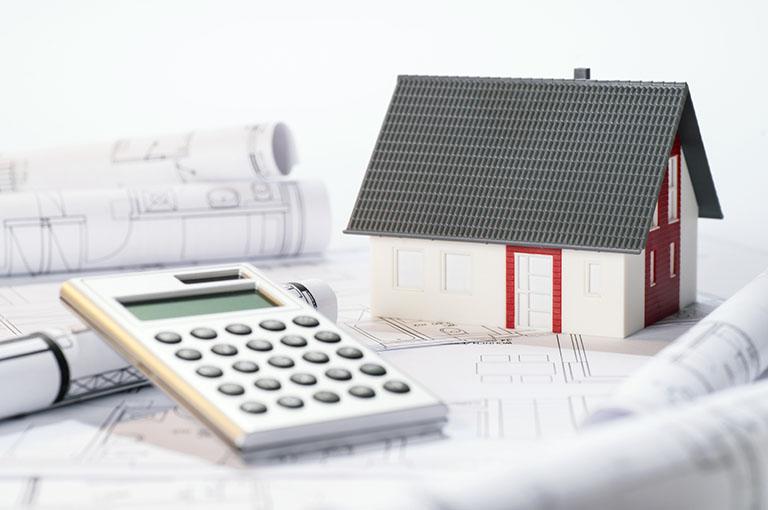Hausmodell, Pläne und Taschenrechner